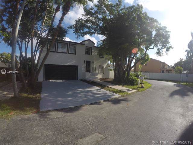 11901 SW 274 ST, Homestead, FL 33032 (MLS #A10734086) :: Ray De Leon with One Sotheby's International Realty