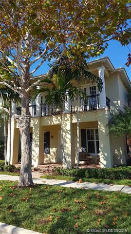121 Sugarberry Dr, Jupiter, FL 33458 (MLS #A10734322) :: RE/MAX Presidential Real Estate Group