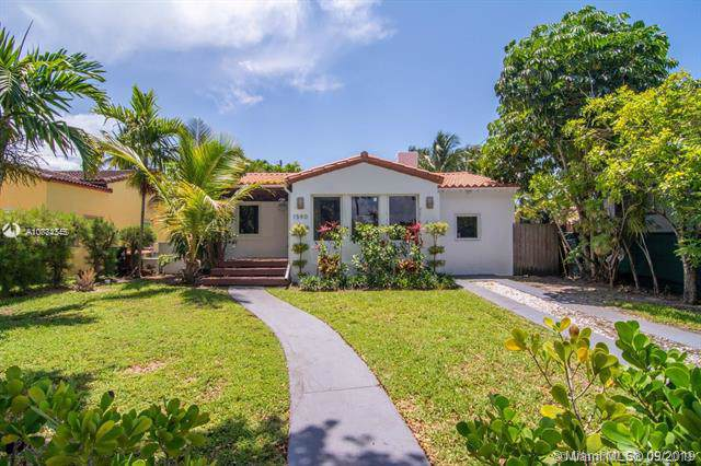 1590 Normandy Dr, Miami Beach, FL 33141 (MLS #A10734345) :: The Jack Coden Group