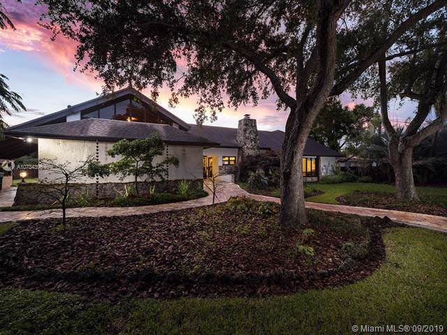 9620 SW 67th Ave, Pinecrest, FL 33156 (MLS #A10734396) :: Grove Properties