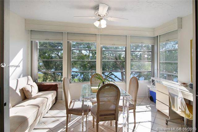 2940 N Course Dr #403, Pompano Beach, FL 33069 (MLS #A10734459) :: Ray De Leon with One Sotheby's International Realty