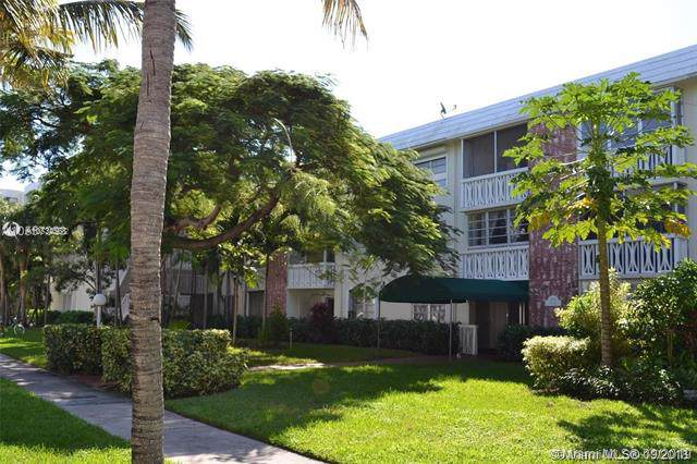 240 Galen Dr #102, Key Biscayne, FL 33149 (MLS #A10734568) :: United Realty Group