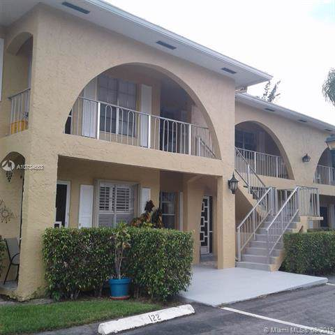 13746 NE Via Flora E, Delray Beach, FL 33484 (MLS #A10734663) :: Castelli Real Estate Services