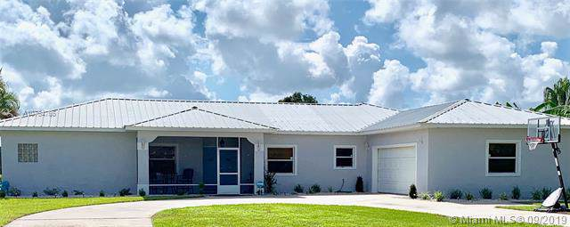 908 Popash, Clewiston, FL 33440 (MLS #A10734766) :: Grove Properties