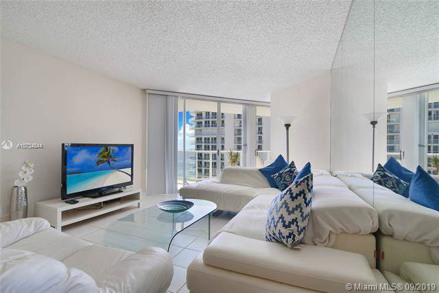 16485 Collins Ave #2438, Sunny Isles Beach, FL 33160 (MLS #A10734844) :: Grove Properties