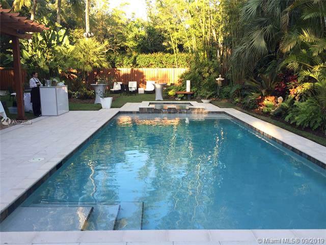 7152 SW 66 Street, Miami, FL 33143 (MLS #A10735009) :: The Kurz Team