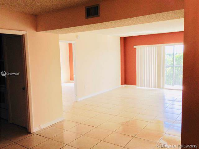 4174 Inverrary Dr #604, Lauderhill, FL 33319 (MLS #A10735052) :: Ray De Leon with One Sotheby's International Realty