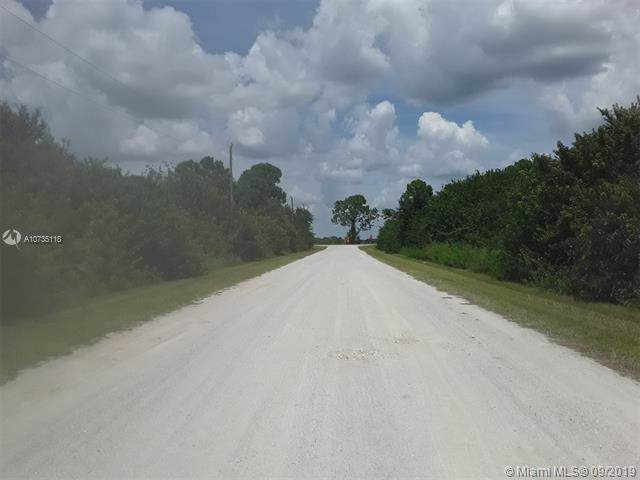 865 N Coral, Clewiston, FL 33440 (MLS #A10735118) :: Grove Properties