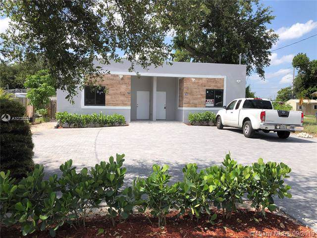 760 NW 81st St, Miami, FL 33150 (MLS #A10735324) :: Laurie Finkelstein Reader Team