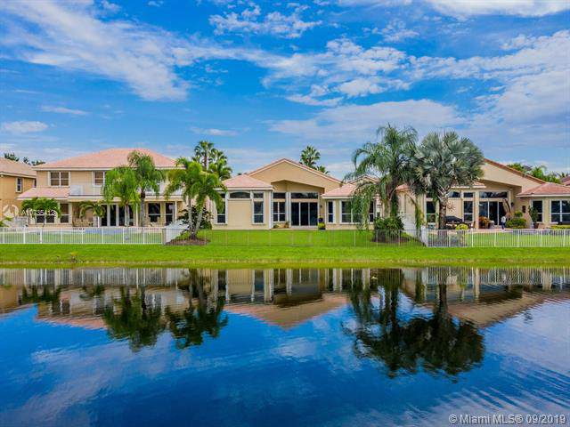 17981 SW 35th St, Miramar, FL 33029 (MLS #A10735412) :: Ray De Leon with One Sotheby's International Realty