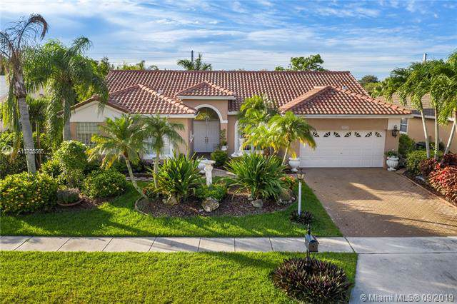 9299 Lake Serena Dr, Boca Raton, FL 33496 (MLS #A10735565) :: Ray De Leon with One Sotheby's International Realty