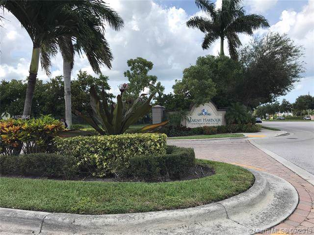 1964 Freeport Ln #1964, Riviera Beach, FL 33404 (MLS #A10735645) :: Ray De Leon with One Sotheby's International Realty