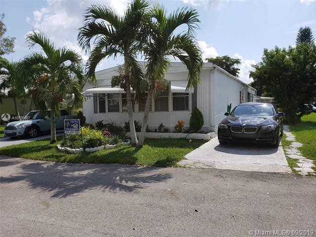 Davie, FL 33324 :: Grove Properties