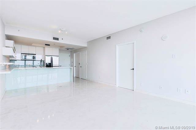 888 Biscayne Blvd #710, Miami, FL 33132 (MLS #A10736215) :: Ray De Leon with One Sotheby's International Realty