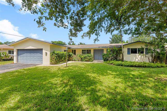 5353 SW 3rd Ct, Plantation, FL 33317 (MLS #A10736408) :: United Realty Group