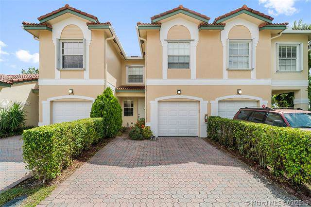 4777 NW 116th Terrace, Coral Springs, FL 33076 (#A10736482) :: Real Estate Authority