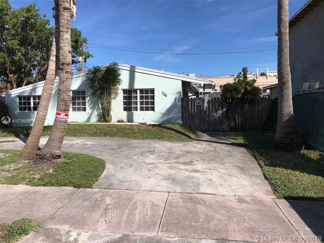 735 Fernwood, Key Biscayne, FL 33149 (MLS #A10736595) :: United Realty Group
