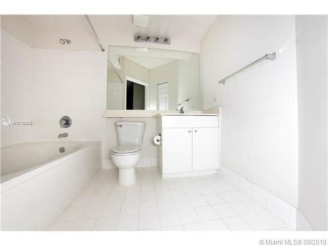 17100 N Bay Rd #1712, Sunny Isles Beach, FL 33160 (MLS #A10736605) :: Grove Properties