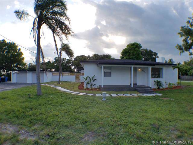 3281 NE 6th Ave, Oakland Park, FL 33334 (MLS #A10736689) :: The Kurz Team