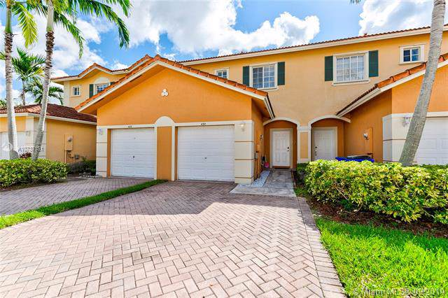 490 Saint Tropez Ln, Margate, FL 33068 (MLS #A10737151) :: Castelli Real Estate Services