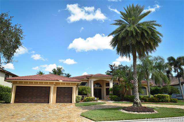 605 W Enclave Cir W, Pembroke Pines, FL 33027 (MLS #A10737180) :: Ray De Leon with One Sotheby's International Realty