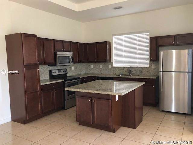 17725 SW 150th Ct #17725, Kendall, FL 33187 (MLS #A10737340) :: The Erice Group