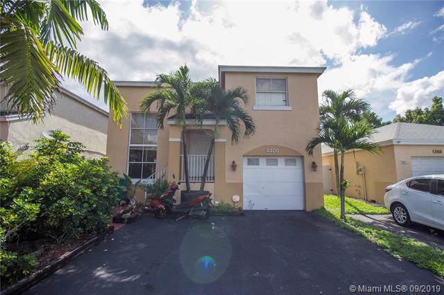 4400 SW 72nd Way, Davie, FL 33314 (MLS #A10737692) :: Ray De Leon with One Sotheby's International Realty