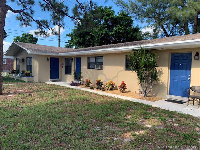 606 Bayberry Dr, Lake Park, FL 33403 (MLS #A10737705) :: Ray De Leon with One Sotheby's International Realty