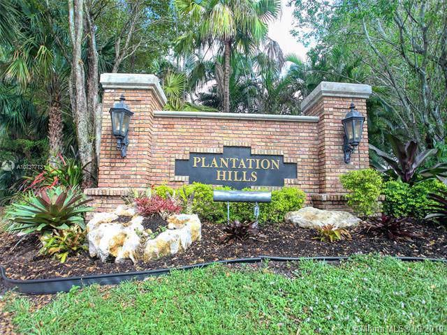 621 NW 76th Ter, Plantation, FL 33324 (MLS #A10737713) :: The Kurz Team