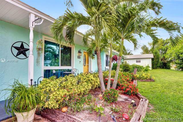 2644 SW Chestnut Ln, Port Salerno, FL 34953 (MLS #A10737783) :: Castelli Real Estate Services