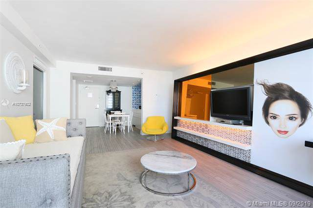 1100 West Ave #704, Miami Beach, FL 33139 (MLS #A10737902) :: Ray De Leon with One Sotheby's International Realty