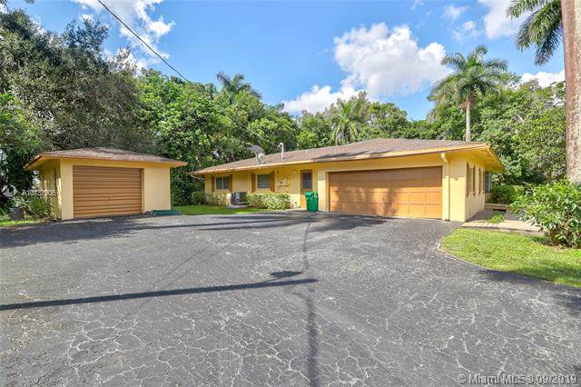 12006 NW 20th St, Plantation, FL 33323 (MLS #A10737905) :: The Teri Arbogast Team at Keller Williams Partners SW