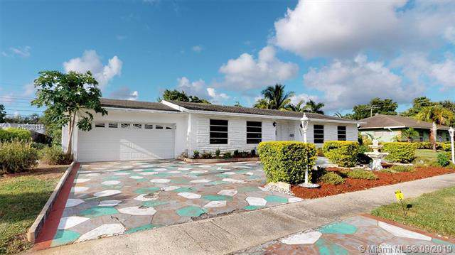 4331 NW 7th Ct, Plantation, FL 33317 (MLS #A10738114) :: Ray De Leon with One Sotheby's International Realty