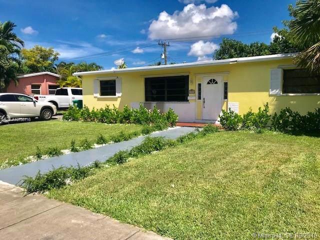 Miami, FL 33165 :: Castelli Real Estate Services