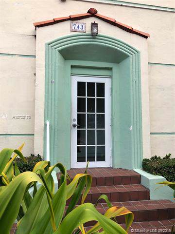 741 15th St #11, Miami Beach, FL 33139 (MLS #A10738178) :: The Maria Murdock Group