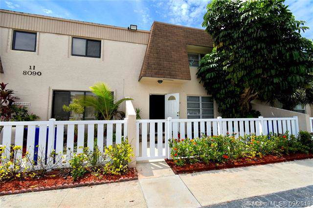 8090 NW 12th St F, Margate, FL 33063 (MLS #A10738301) :: Ray De Leon with One Sotheby's International Realty