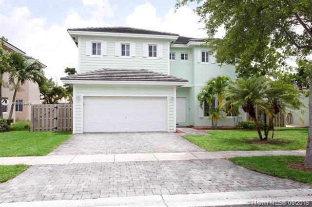 2915 NE 4th St, Homestead, FL 33033 (MLS #A10738440) :: The Kurz Team