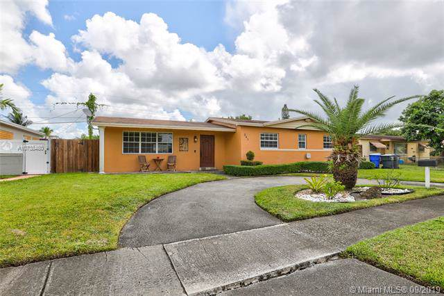 241 N 66th Ter, Hollywood, FL 33024 (MLS #A10738480) :: Ray De Leon with One Sotheby's International Realty
