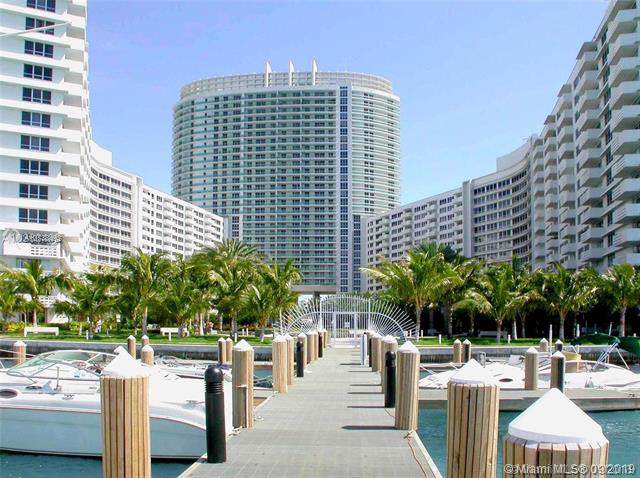 1500 Bay Rd #560, Miami Beach, FL 33139 (MLS #A10738492) :: The Teri Arbogast Team at Keller Williams Partners SW