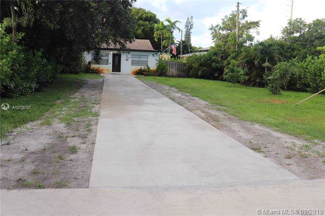 217 SW 2nd Ter, Dania Beach, FL 33004 (MLS #A10738707) :: Ray De Leon with One Sotheby's International Realty