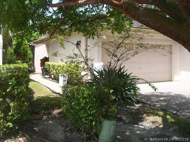 109 NW 72nd Ave, Plantation, FL 33317 (MLS #A10738711) :: The Kurz Team