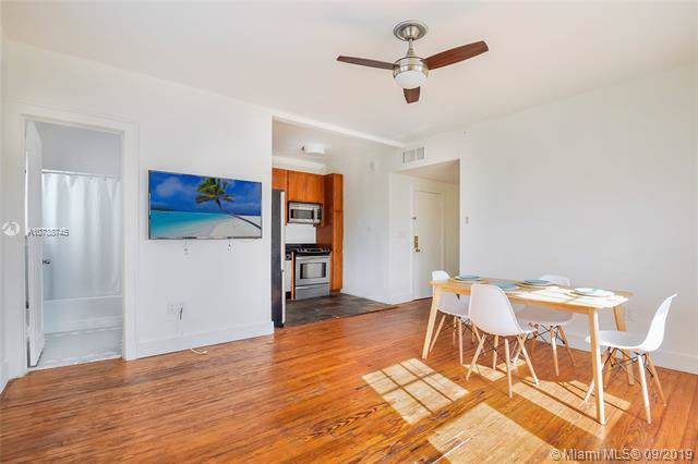 536 14th St #304, Miami Beach, FL 33139 (MLS #A10738745) :: The Jack Coden Group