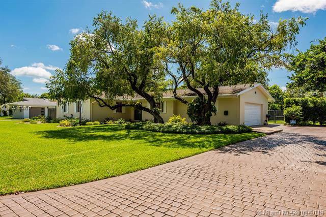 7360 SW 116th St, Pinecrest, FL 33156 (MLS #A10738917) :: Grove Properties