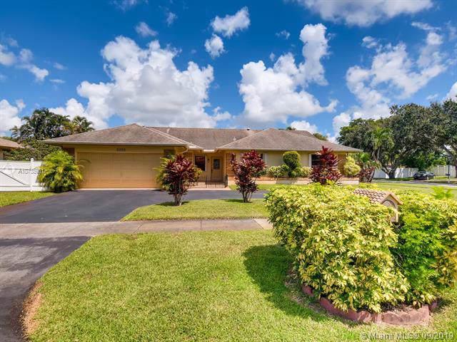 5350 SW 117 Terr, Cooper City, FL 33330 (MLS #A10738951) :: Castelli Real Estate Services