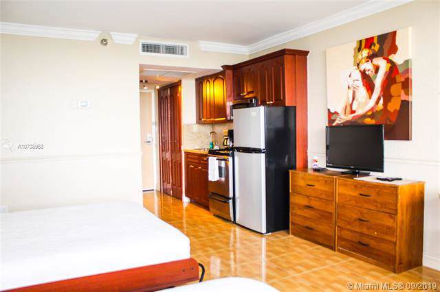 19201 Collins Ave #341, Sunny Isles Beach, FL 33160 (MLS #A10738963) :: Grove Properties
