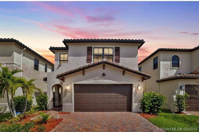 3309 W 95 Terrace, Hialeah, FL 33018 (MLS #A10739033) :: The Jack Coden Group
