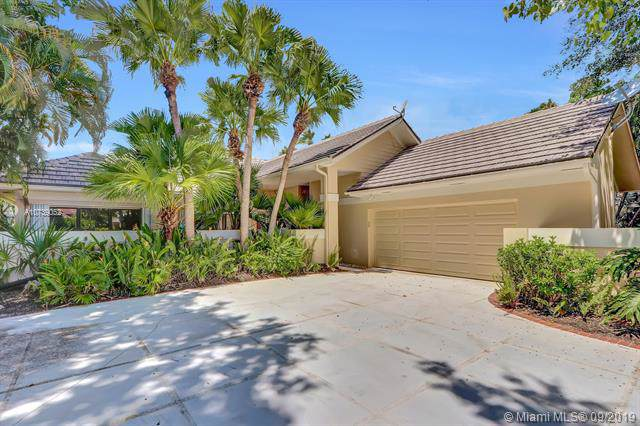 131 Coventry Pl, Palm Beach Gardens, FL 33418 (MLS #A10739052) :: The Kurz Team
