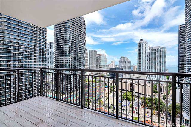 999 SW 1st Ave #2602, Miami, FL 33130 (MLS #A10739215) :: Grove Properties