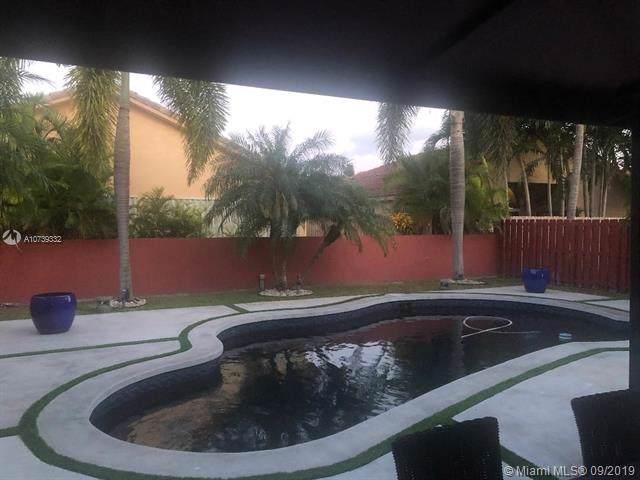 9102 SW 162nd Path, Miami, FL 33196 (MLS #A10739332) :: Laurie Finkelstein Reader Team