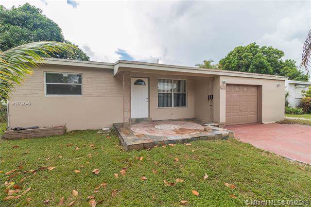 6404 Funston St, Hollywood, FL 33023 (MLS #A10739348) :: Ray De Leon with One Sotheby's International Realty